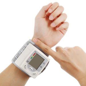tensiometre-poignet